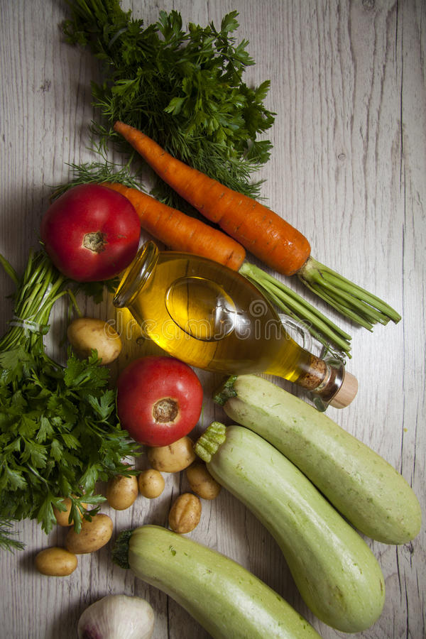 Courgette op hout stock afbeelding