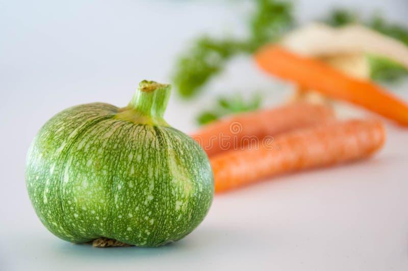 Courgette verte carottes et persil, photo stock