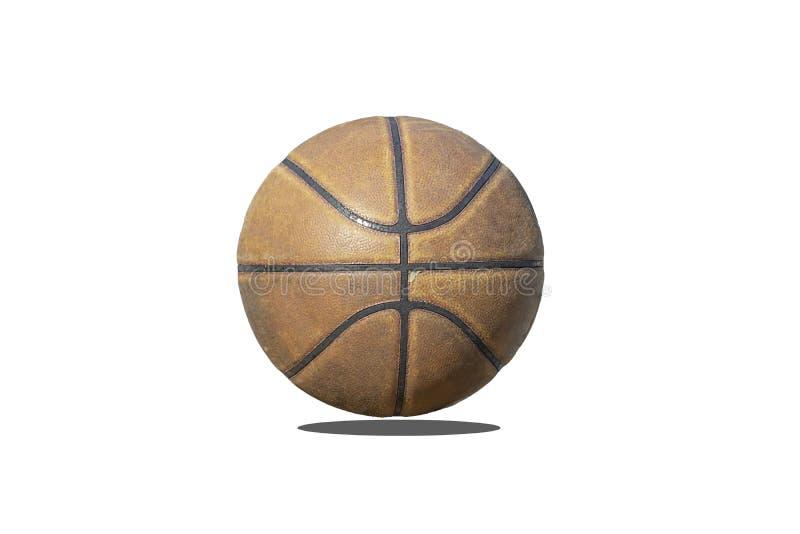 Couro isolado do basquetebol com o velho e vestido do uso em um fundo branco com trajeto de grampeamento imagens de stock
