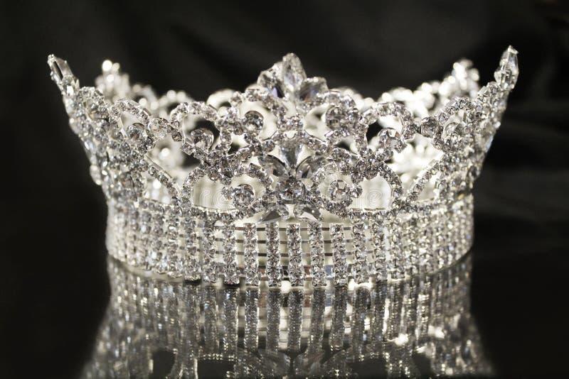 Couronne argentée de diamant image libre de droits