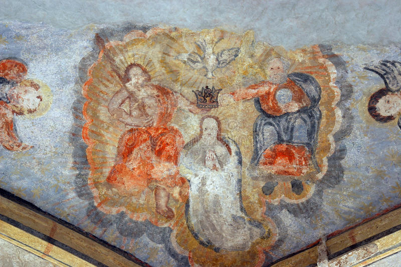 Couronnement de Vierge Marie photo stock