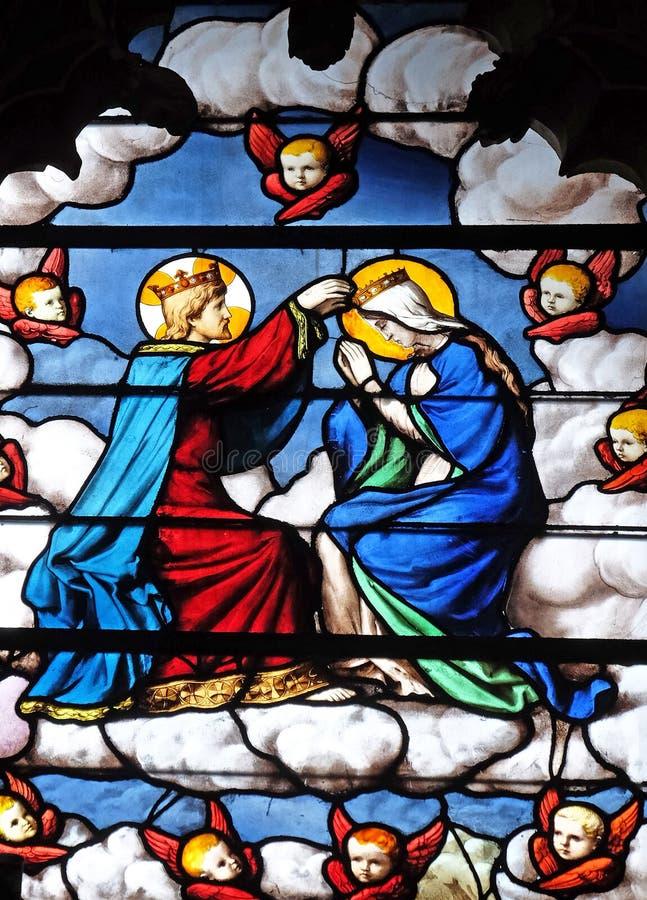 Couronnement de Vierge Marie images libres de droits