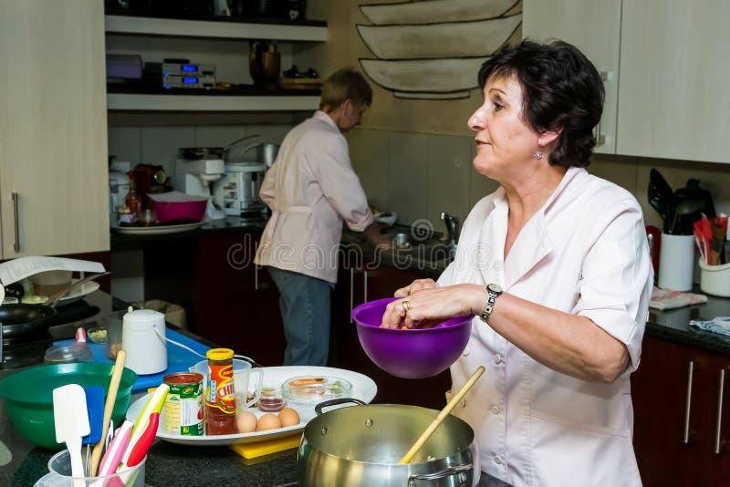 Cours de cuisine à faible teneur en sel de Nestle images libres de droits
