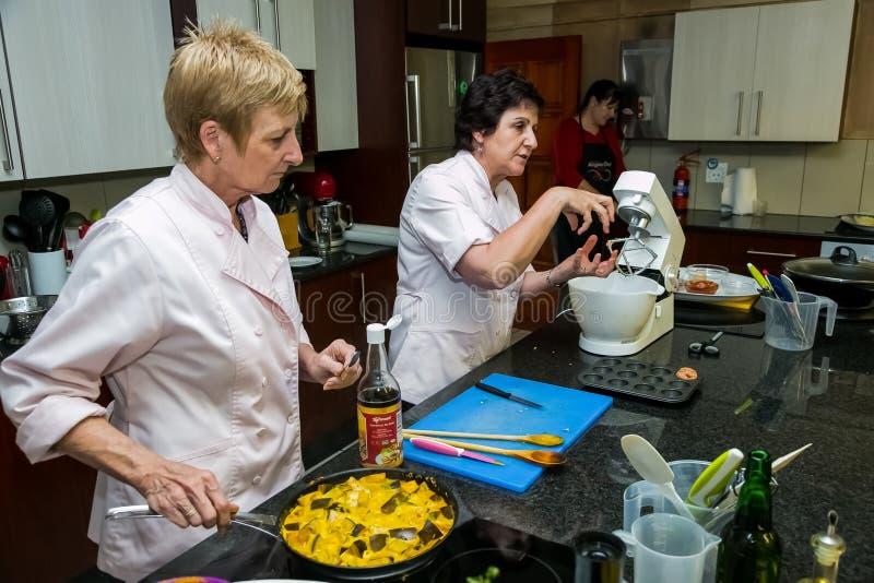 Cours de cuisine à faible teneur en sel de Nestle photographie stock libre de droits