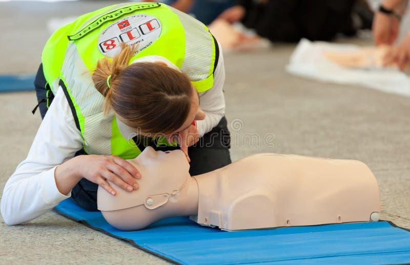 Cours des premiers secours image stock