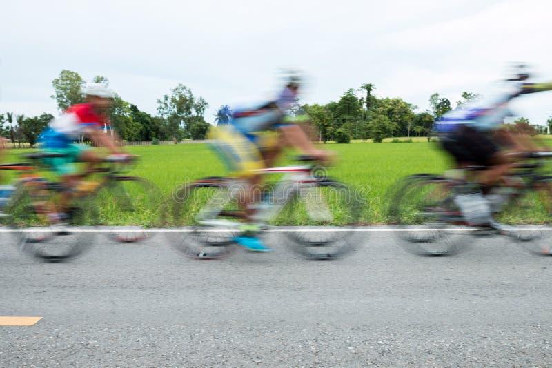 Course de bicyclette de mouvement photos libres de droits