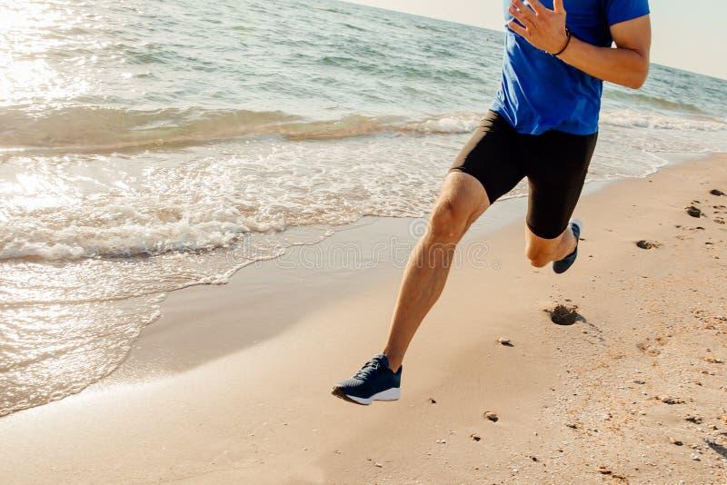 Course de coureur d'athlète de jambes photo libre de droits