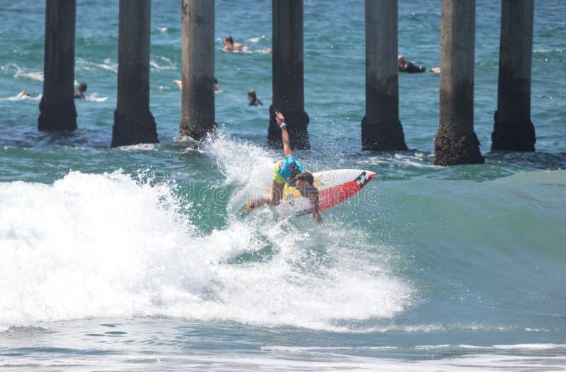 Courtney Conlogue, der am US Open des Surfens 2018 konkurriert lizenzfreies stockbild
