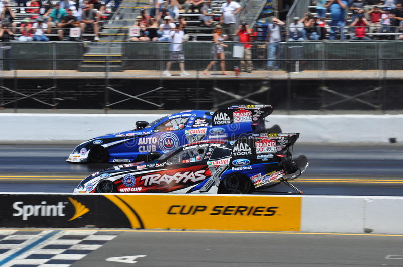Download Courtney Force And Robert Hight Editorial Stock Image - Image of speed, courtneyforce: 25996699