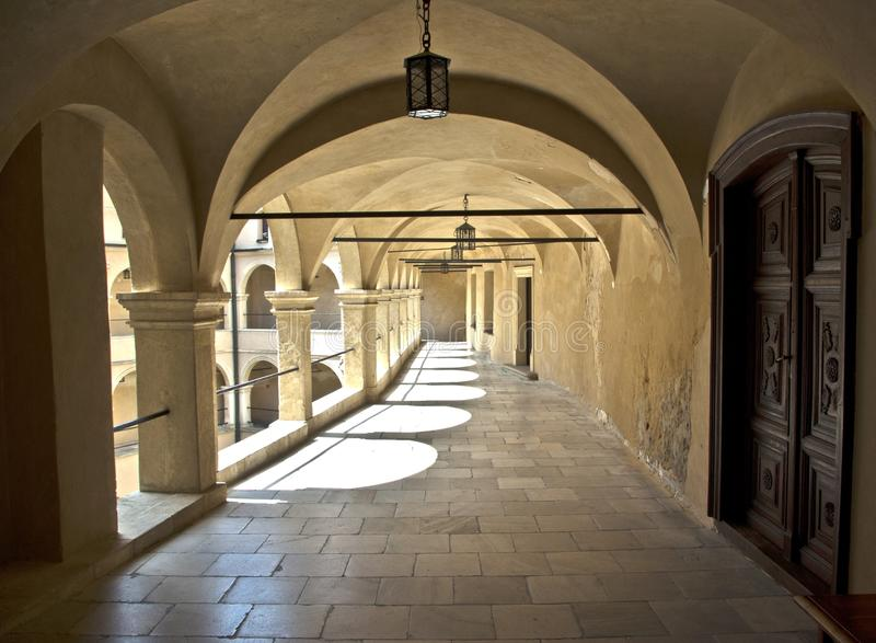 Download Courtyard Castle Arcades Pieskowa Skala Stock Image - Image: 20776451