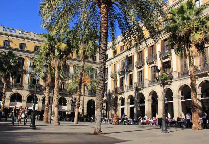 Download Plaza Real In Barcelona, Spain Editorial Stock Photo - Image: 29834643