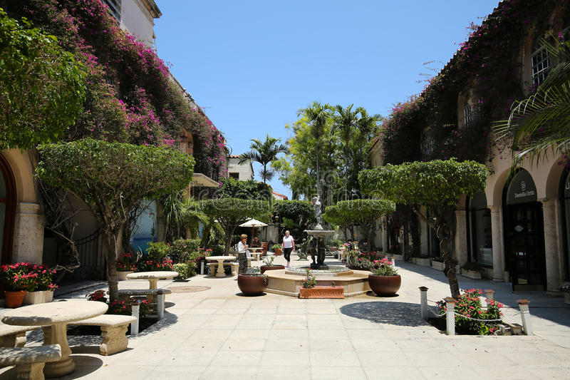 Courtyards of Worth Avenue, Palm Beach royalty free stock photos