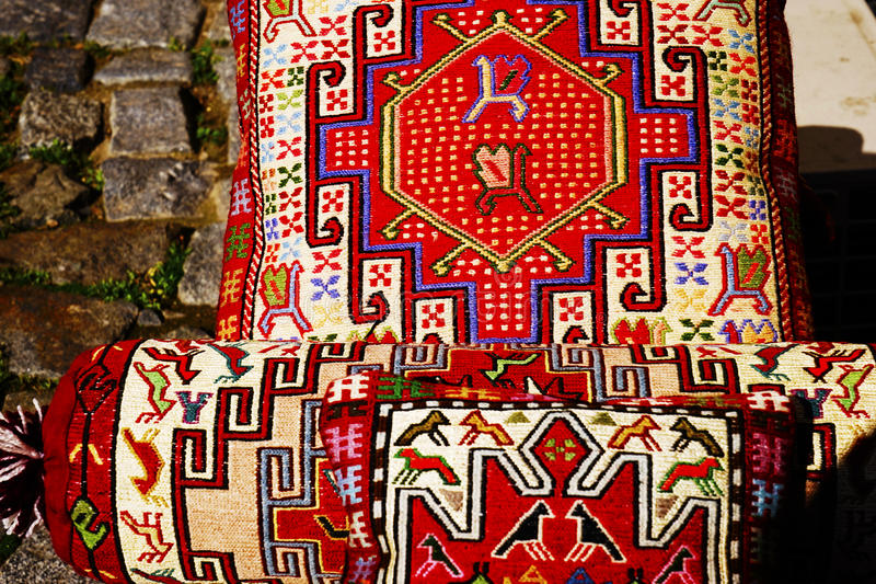 Coussin oriental traditionnel images stock