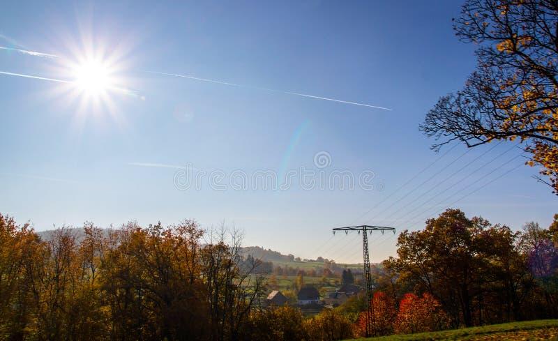 Coutryside idílico do outono em Alemanha foto de stock