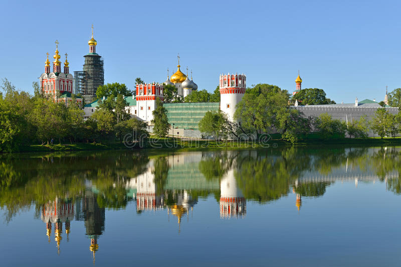 Couvent de Novodevichy, également connu sous le nom de monastère 1524 de Bogoroditse-Smolensky moscou images libres de droits