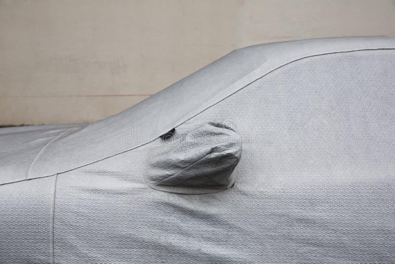 Couverture de protection de voiture photographie stock libre de droits