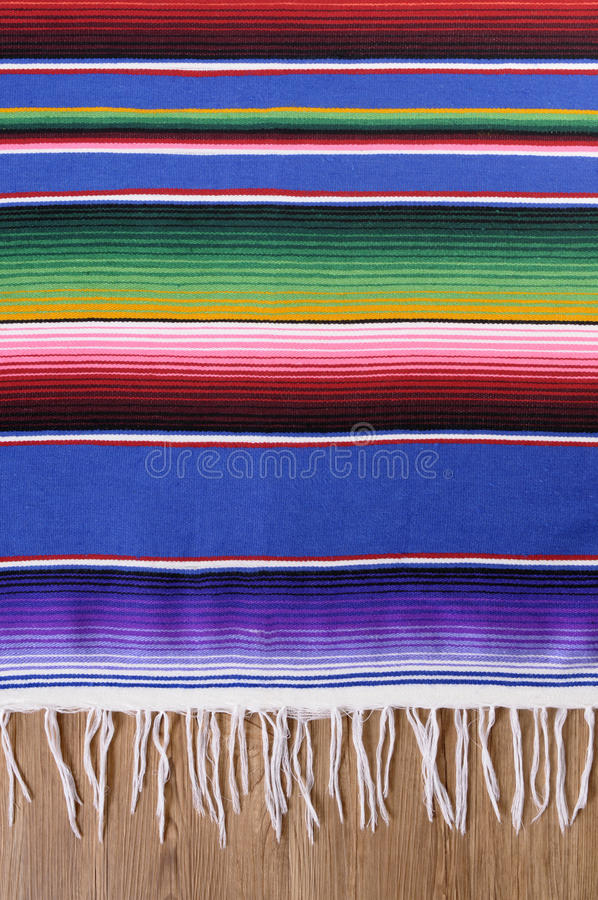 Couverture mexicaine de serape photographie stock libre de droits