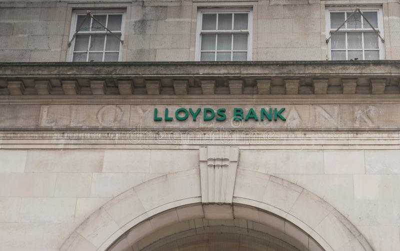 COVENTRY, ENGELAND, het UK - 3 Maart 2018: Het embleemteken van de Lloydsbank in de stadscentrum van Coventry stock fotografie