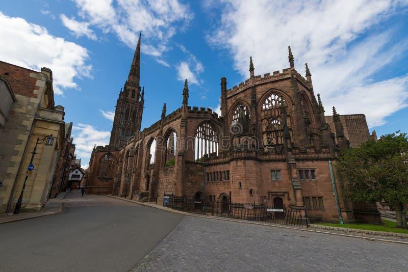 Coventry-Kathedralen-Kirchen-Ruinen in Coventry Großbritannien stockfotos