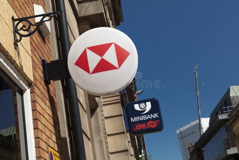 Coventry, Warwickshire, Großbritannien am 27. Juni 2019 ein Zeichen für HSBC-Bank lizenzfreie stockbilder