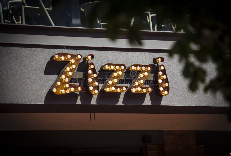 Coventry, Warwickshire, Großbritannien am 27. Juni 2019 ein Zeichen für Zizzi-Restaurant lizenzfreie stockbilder