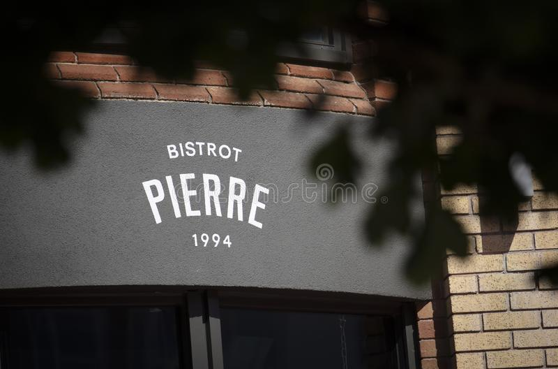 Coventry, Warwickshire, Regno Unito, il 27 giugno 2019, un segno per Bistrot Pierre immagini stock libere da diritti