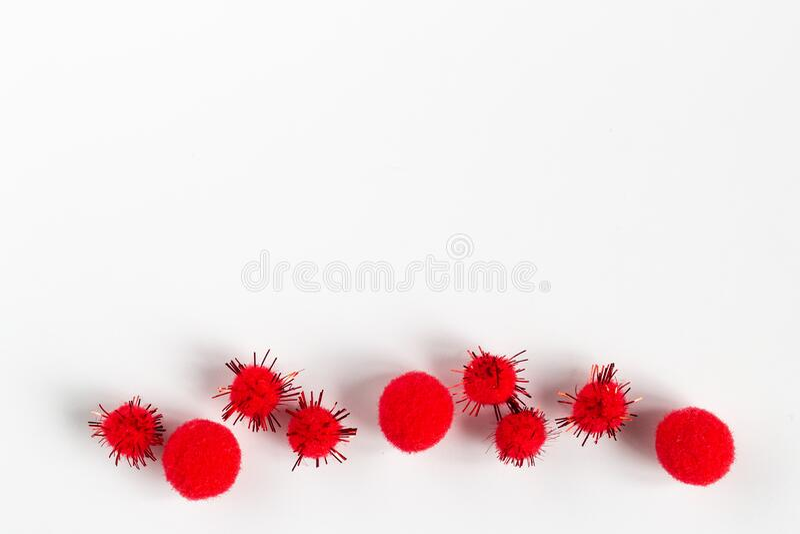 Covid-19 Coronavirus Abstraktes Virusstamm Modell von MERS-Cov mit Tabletten 2019-nCoV stockbild