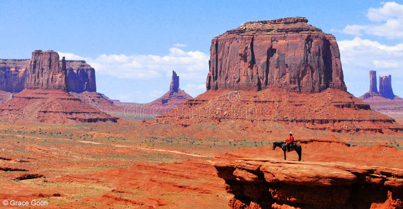 Cowboy à la vallée de monument image libre de droits
