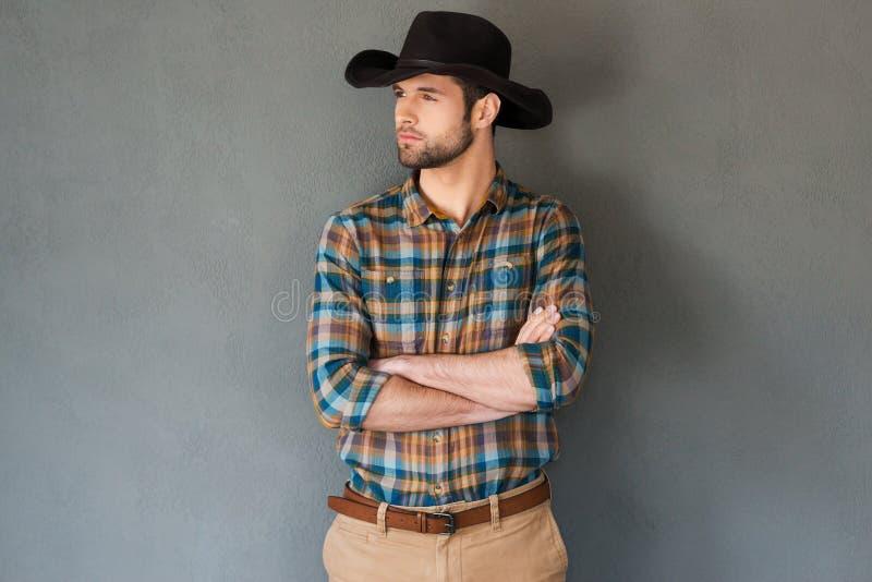 Cowboy sérieux et sûr image stock