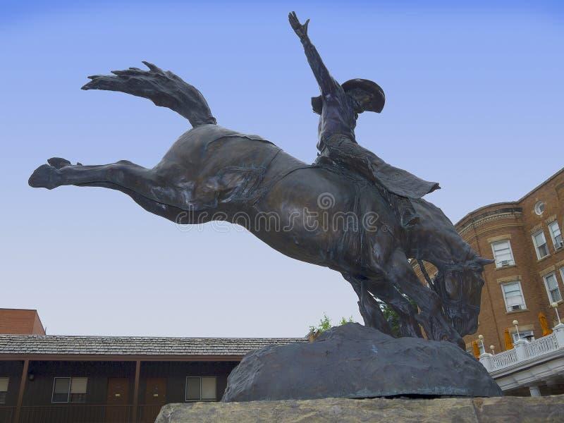 Cowboy Statue en bois mort photo stock