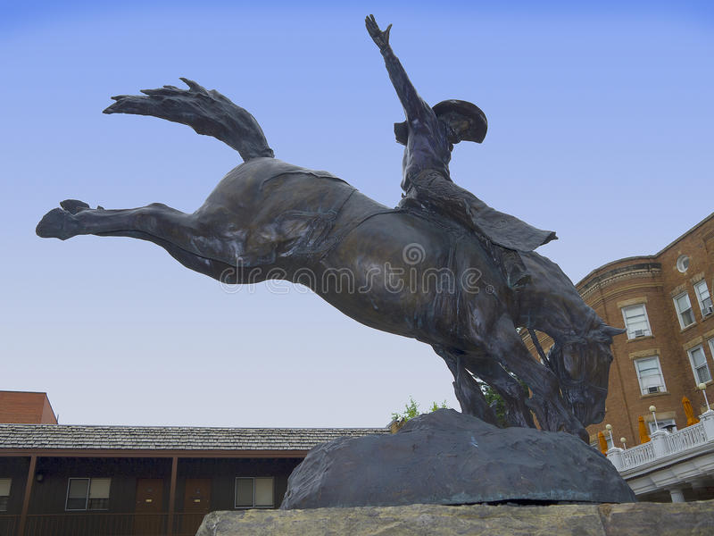 Cowboy Statue i Deadwood arkivfoto
