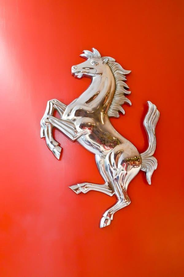 cowl Ferrari konia logo zdjęcia royalty free
