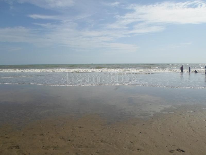 Cox ` s Bazar het langste overzeese strand in de wereld stock foto's