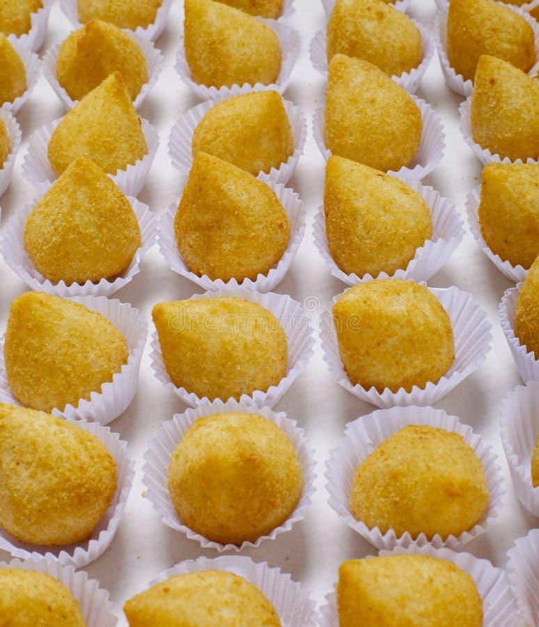 Coxinhakip, Braziliaanse snack stock foto's