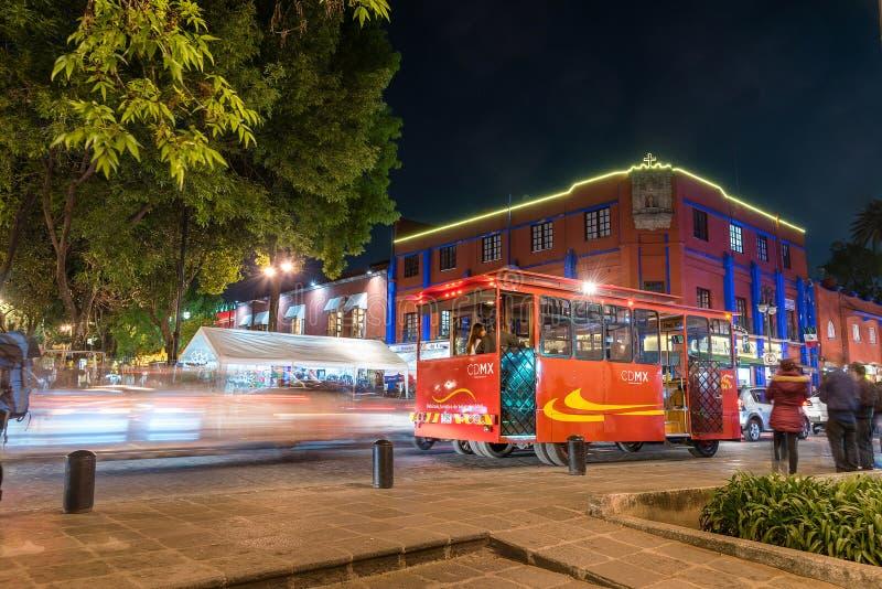 Coyoacan, Mexiko- Citynachtszene lizenzfreies stockbild