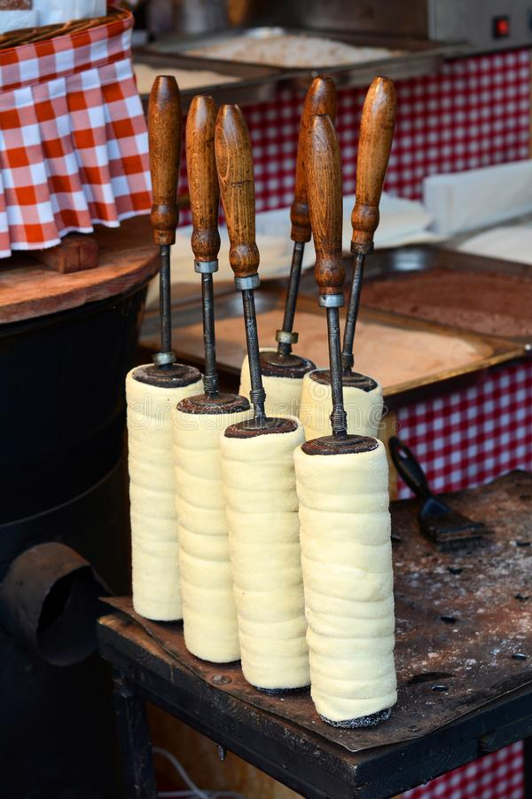 Cozimento doce checo de Trdlo da pastelaria imagem de stock