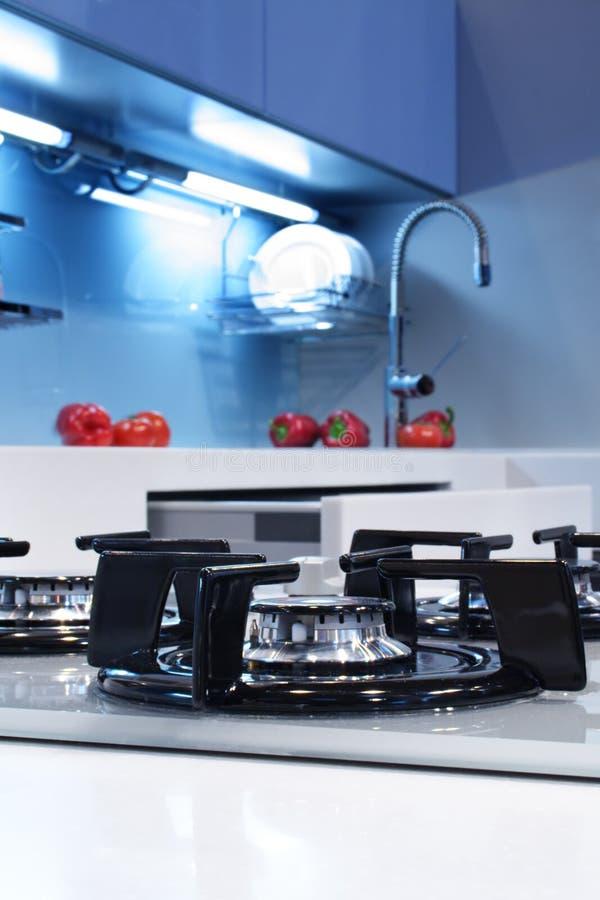 Download Cozinha foto de stock. Imagem de arruela, ferramenta, prateleira - 528808