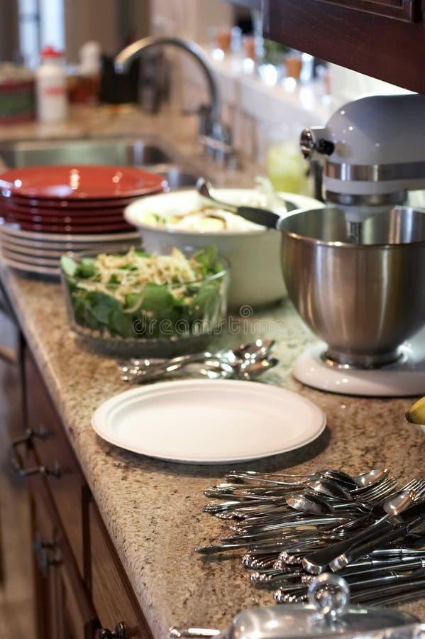 Cozinha antes da refeição foto de stock royalty free
