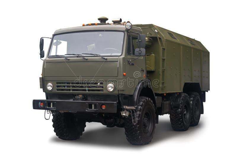 A cozinha automotivo móvel PAK-200M-04 no chassi de um caminhão de KAMAZ está no serviço com o exército do russo isolado sobre fotos de stock royalty free