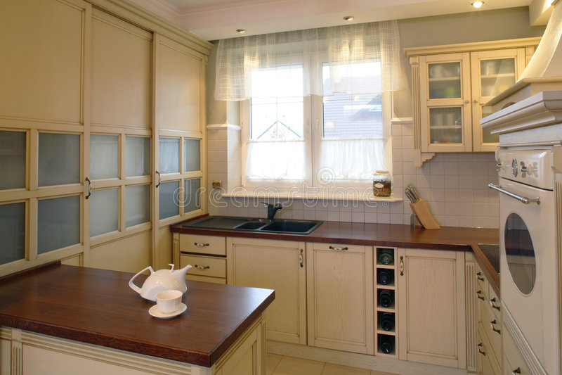 Cozinha clássica.   imagem de stock royalty free