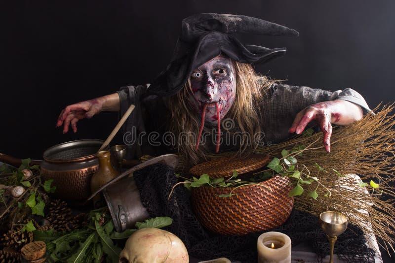 Cozinha das bruxas foto de stock