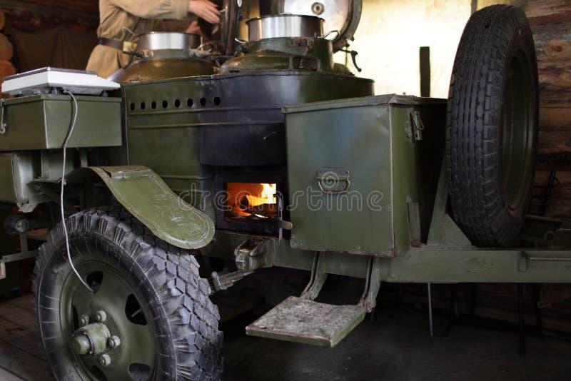 Cozinha de campo do exército fotografia de stock