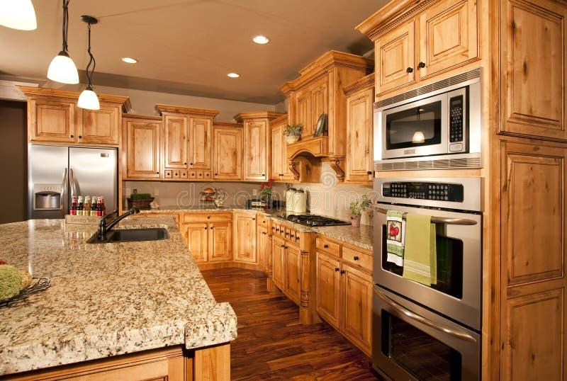 Cozinha e dispositivos novos fotos de stock