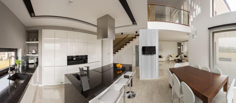 Cozinha e salão de jantar imagens de stock