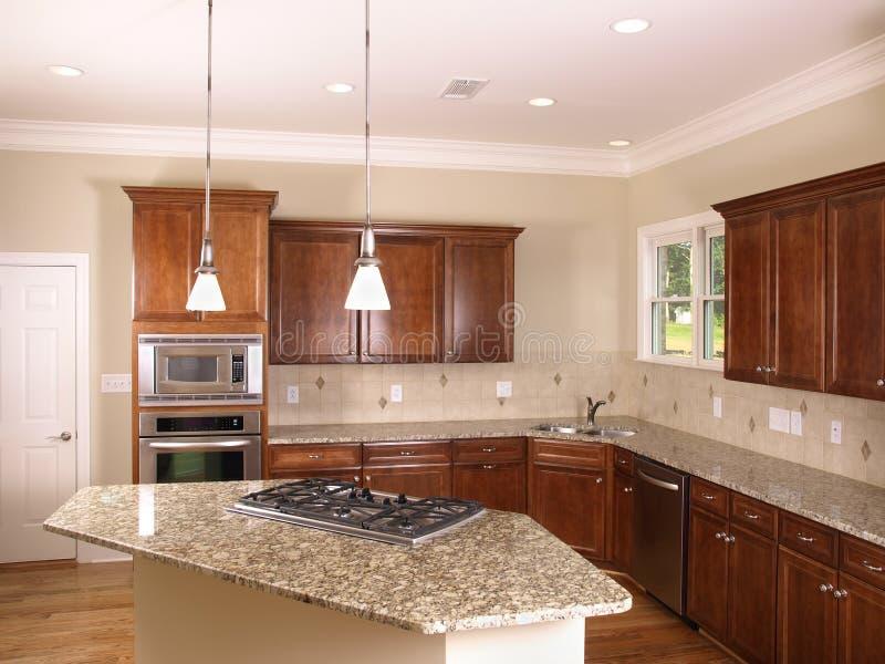 Cozinha luxuosa com fogão 2 do console fotos de stock royalty free