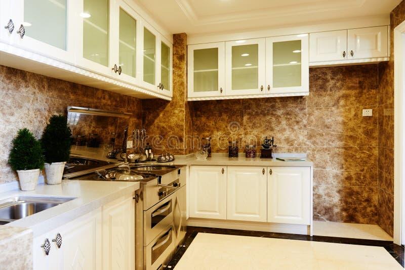Cozinha luxuosa moderna imagem de stock