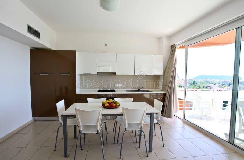 Cozinha moderna fotografia de stock royalty free