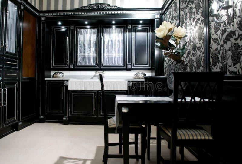 Cozinha moderna clássica imagem de stock