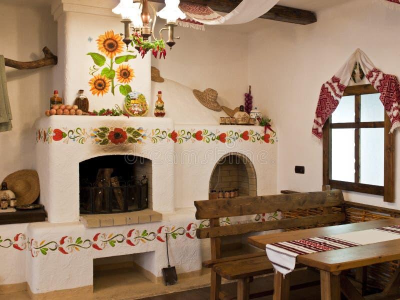 A cozinha no estilo velho do Slavic fotografia de stock