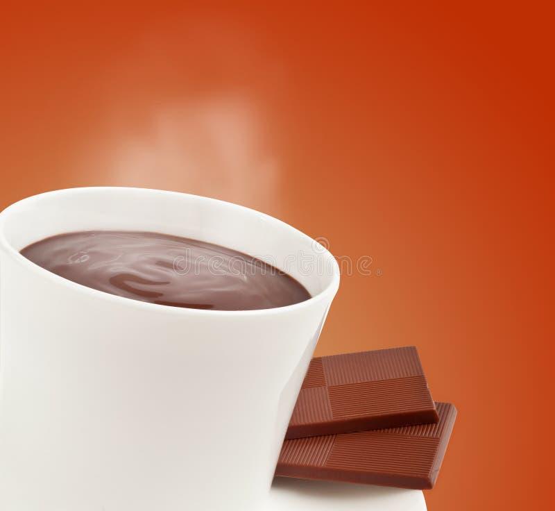 Cozinhando o copo do chocolate quente fotografia de stock